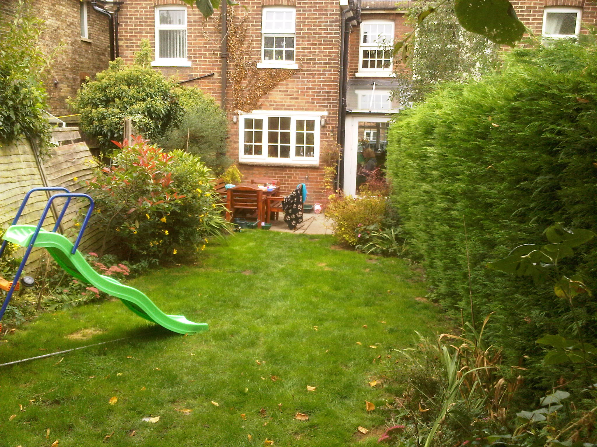London garden design sevenoaks a modern family garden earth designs garden design and build - Garden ideas london ...