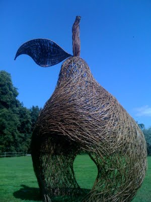 Kids garden design wind in the willow sculpture earth designs
