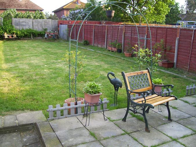 North west london garden design clinic earth designs for Rear garden design ideas