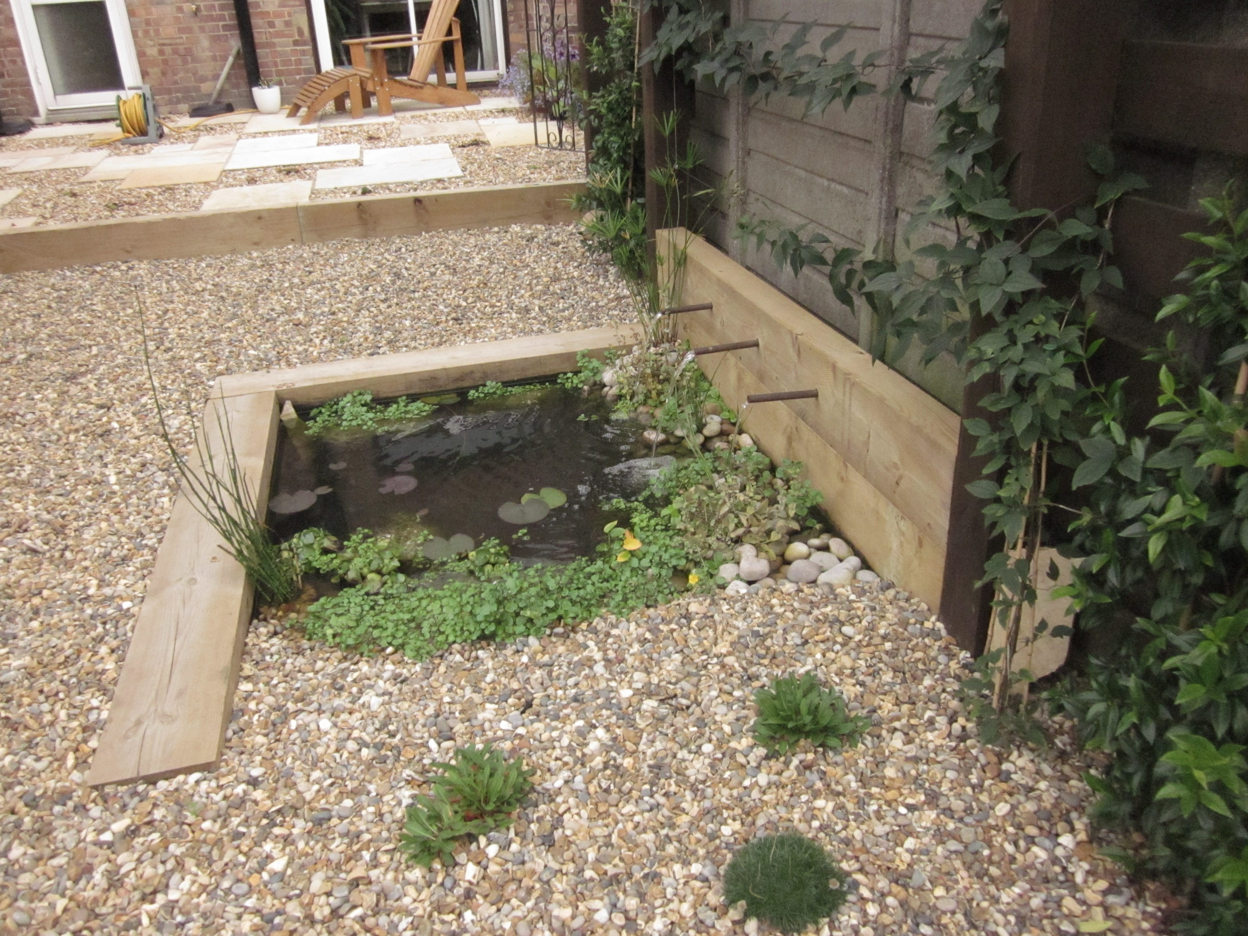 Garden design top tips something to pond er earth for Simply ponds and gardens