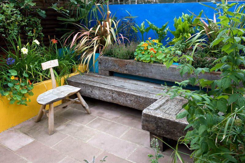 Garden Design Tips Railway Sleepers - used for furniture