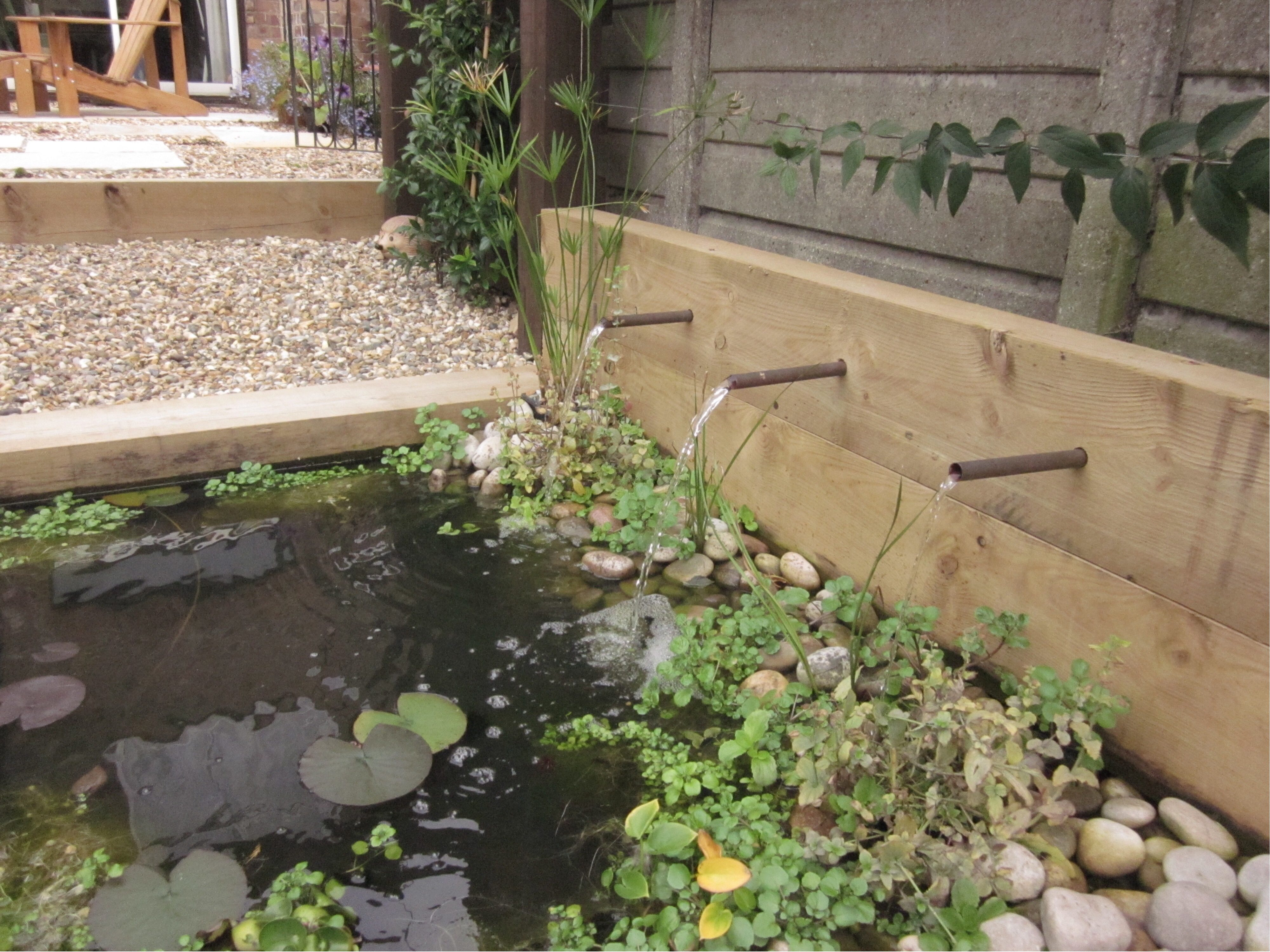 Garden Design Tips Railway sleepers - Earth Design's blog