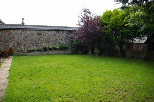 This bland Oxfordshre garden is in need of a design overhaul