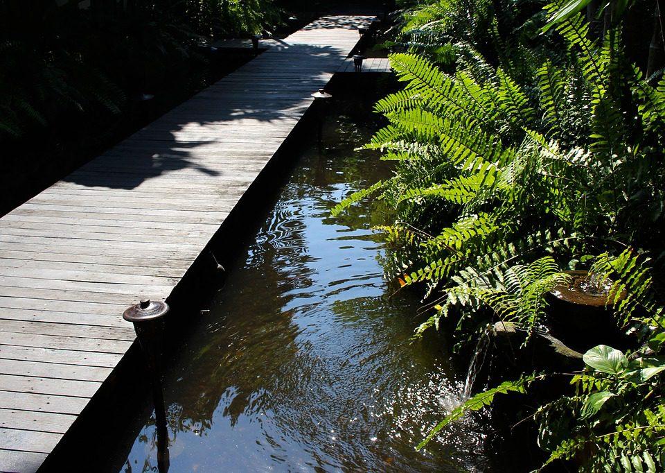 Raised decking walkway