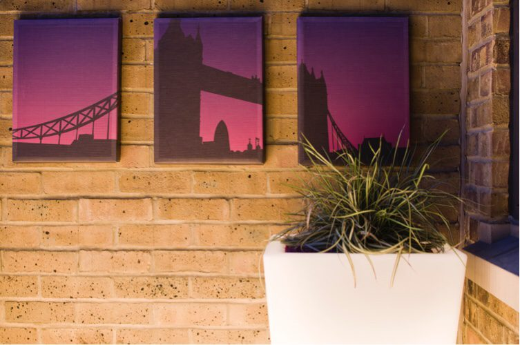 Garden Patio Desgin - add wall art for interest
