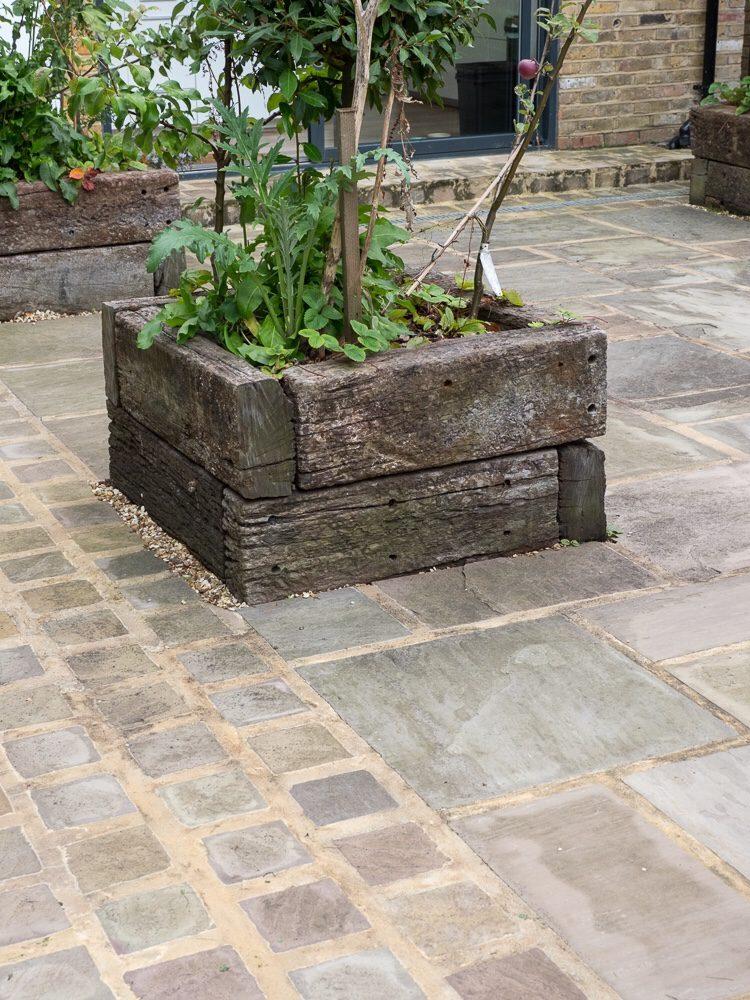 indian sandstone - garden paving design